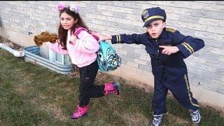 Heidi बच्चों के लिए प्रिटेंड प्ले फनी जोक और पुलिस चेस कहानी