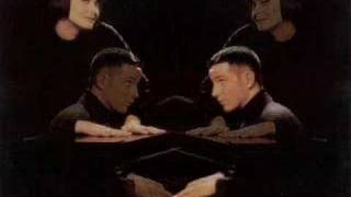 Watch Swing Out Sister Beautiful Mess video