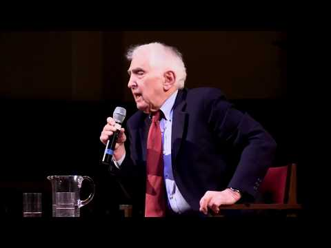 Daniel Ellsberg – The Doomsday Machine: Confessions of a Nuclear War Planner