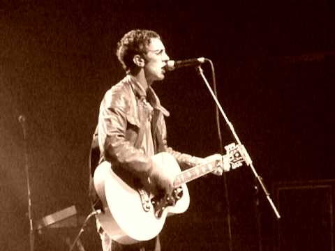 Richard Ashcroft -  Weeping Willow - Live @ Manchester Academy 2010