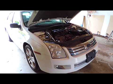 how to change the air filter on a 2010 ford fusion 2 5 doovi. Black Bedroom Furniture Sets. Home Design Ideas