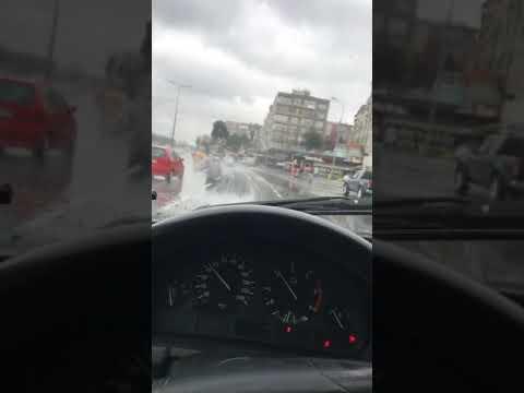 BMW STORY HİKAYE YAĞMURLU HAVA GEZİNTİSİ
