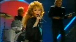 Vicky Rosti - Sata salamaa (Finland Eurovision 1987)