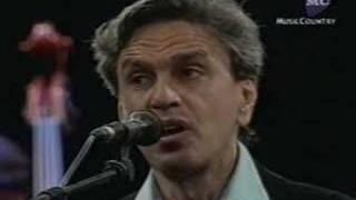 Caetano Veloso canta Luna Rossa