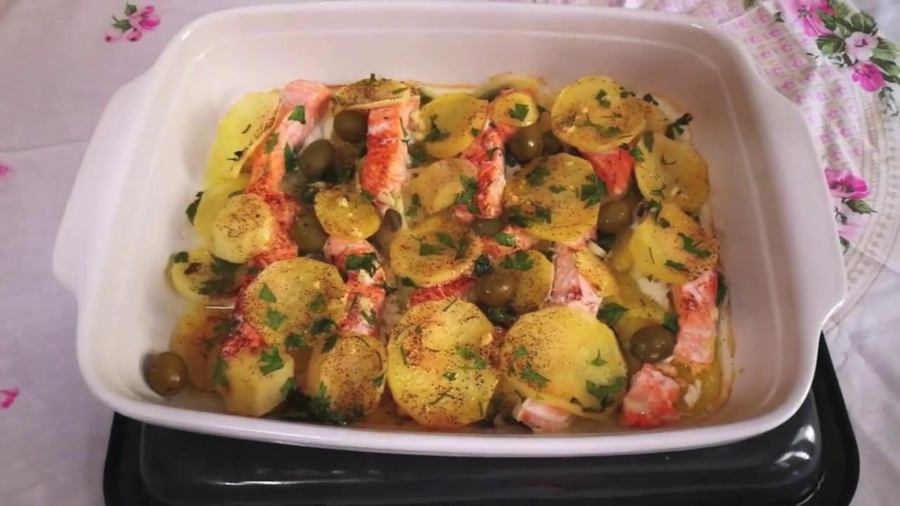 Ricetta Salmone Con Patate Al Forno.Salmone Con Patate Al Forno Youtube