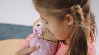 Little Live Pets Cozy Dozy Cubbles The Bear, Wrap Me in my blanket and soothe Me to sleep!