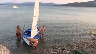 Timelapse of sailing the Wayfarer  dinghy home and tidying the sails