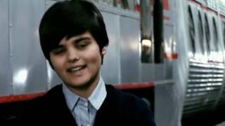 Abraham Mateo (11 años) y Tony Mateo (16 años) Detras de Camaras (Antena 3) Parte 3