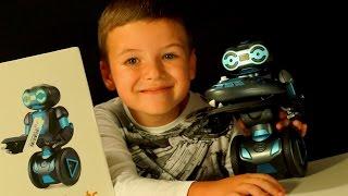 Танцующий РОБОТ :) Игрушки для Мальчиков. Робот на Пульте Управления. Видео для Детей(Кока Туб: Танцующий РОБОТ :) Игрушки для Мальчиков. Робот на Пульте Управления. Видео для Детей. RC STUNT ROBOTS..., 2016-04-18T12:01:05.000Z)