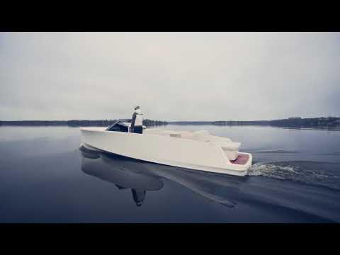 0 - Q-Yachts baut das schnittige E-Motorboot Q30