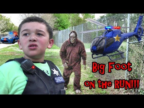 BIGFOOT RUNNING FROM SHERIFF! JAKE AND JOSH TRY TO HIDE HIM FROM GETTING CAUGHT...