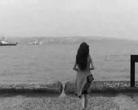 Su Perisi Sanmıştım Seni Istanbul
