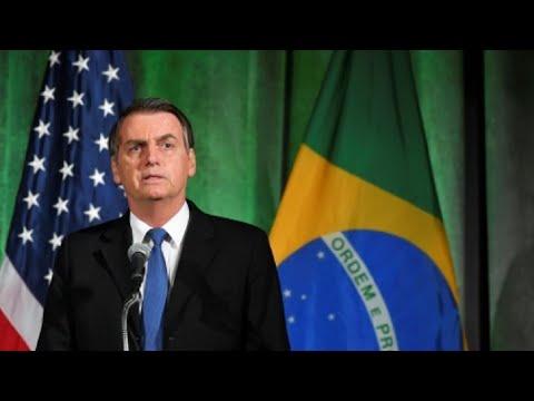 بولسونارو يسمح بإطلاق مكوكات فضائية أمريكية من قاعدة برازيلية  - نشر قبل 16 دقيقة