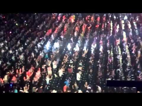 [Fancam] 160306 เกรงใจ - แร็พเตอร์ - The Next Venture Concert 2016 @ Impact Arena