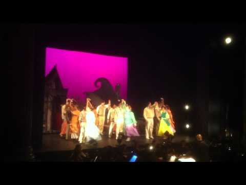 Ruddigore 2011: Welcome Gentry And Despard's Entrance