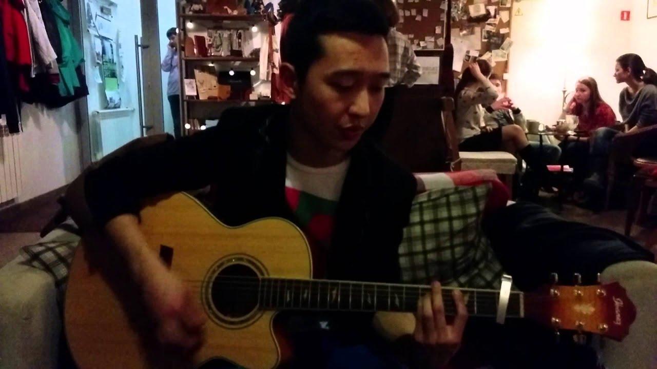 Вова играет для нас на гитаре. Циферблат Ростов-на-Дону - YouTube