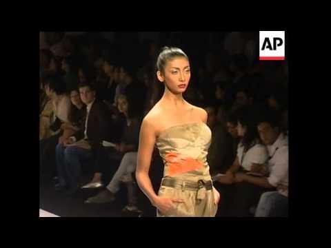 India fashion week opens in Delhi