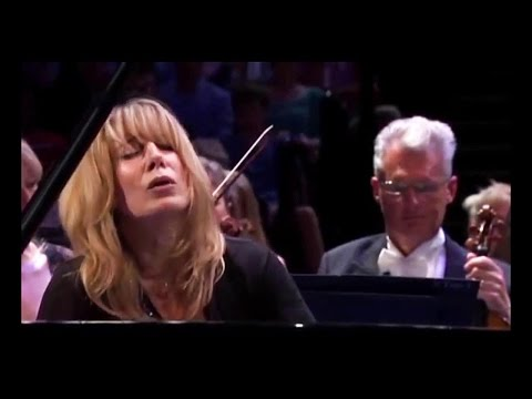Mozart - Piano Concerto No 23 KV 488 - INGRID FLITER  ~ BBC Symphony  PROMS
