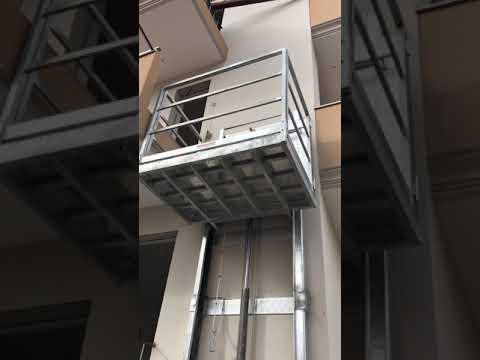 Ascensore pedana elevatrice montacarichi da interno a for Montacarichi da balcone per legna