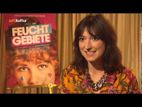 7 Fragen an Charlotte Roche über die Filme Feuchtgebiete & Schoßgebete 2014