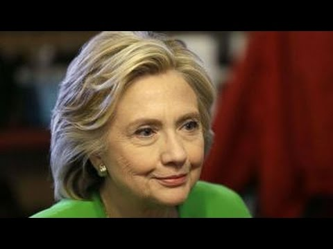 Clinton email scandal grabs attention of mainstream media