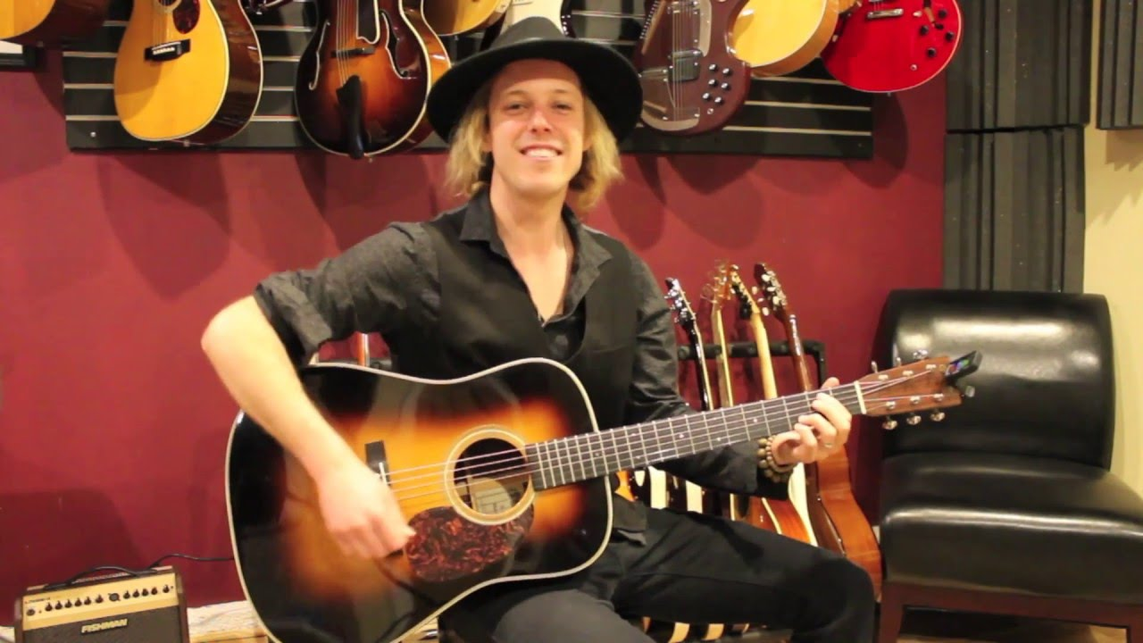 Tim armstrong hellcat | acoustic guitars.