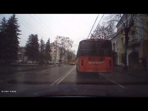 ДТП в Житомире. Жигули сбил женщину возле кинотеатра Украина