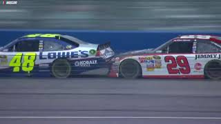 Фото с обложки Relive Thriller Between Harvick, Johnson At Auto Club In 2011