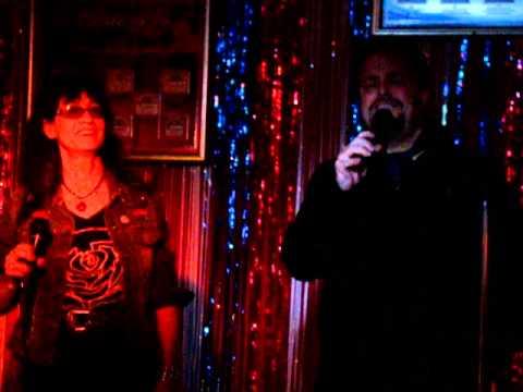 Karaoke - Islands in the Stream