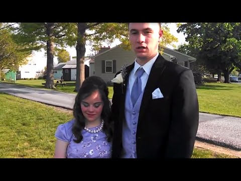 QB takes friend with Down syndrome to prom, fulfilling elementary school promise