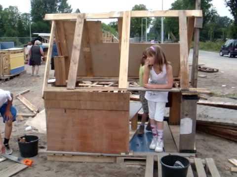 Zomervakantie hut bouwen met elsa en lea youtube - Hoe het ontwerpen van een levende ...