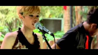animals - maroon 5 - ( accoustic cover by ferawati xfactor indonesia )