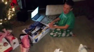 Реакция ребенка на подарок/Kid React to Present PS 4
