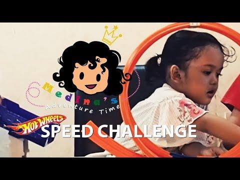 Indoor Play | Hot Wheels Super Score Speedway Challenge | Medina's Adventure Time