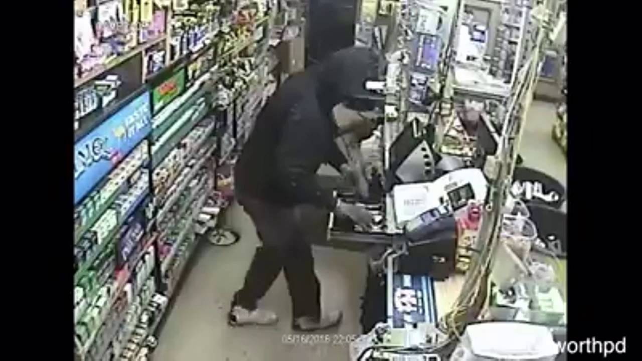 Fort Worth serial robbery suspects caught on camera