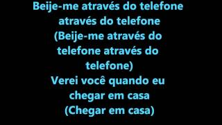 soulja boy tellem kiss me thru the phone tradução
