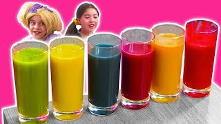 LEARN COLORS WITH FRUIT SMOOTHIES � Lilliana Is Colorblind! - Princesses In Real Life | Kiddyzuzaa