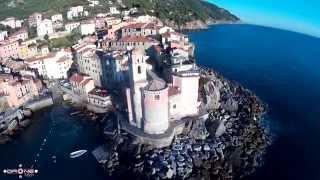 Video Tellaro vista da un Drone - Fiascherino - Drone Aerial Footage - Beautiful Italy download MP3, 3GP, MP4, WEBM, AVI, FLV Juli 2018