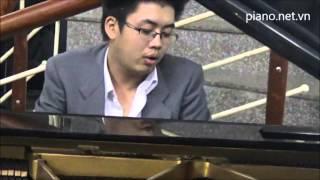 Piano dem hat Dáng đứng Việt Nam