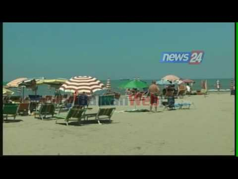 Durrësi 'pushtohet' nga turistët e huaj