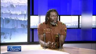 """Tiken JAH FAKOLY :    """"Je suis pour la révolution africaine"""""""