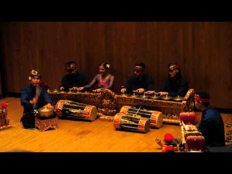 University of Illinois Gamelan Dec. 7, 2014, Bebonangan II