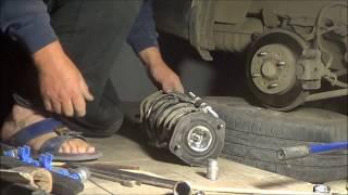 видео Амортизатор Cerato (LD) передний (газ-масло), Kayaba (333491) левый