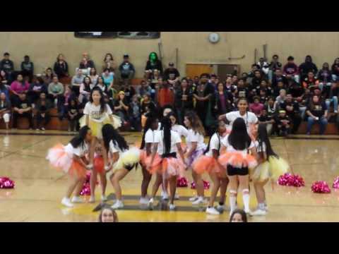 Hayward High School DTR 2016 Cheerleaders