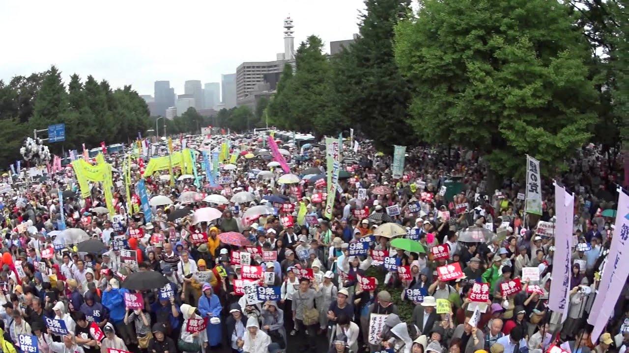 8月30日、安保法制反対の抗議活...