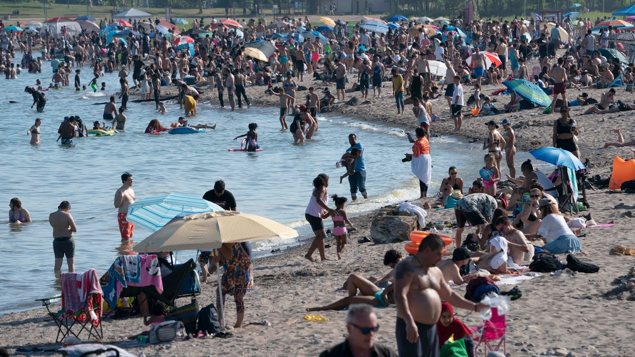 Ontario town closes beach over COVID-19 fears, mayor blames tourist from Toronto