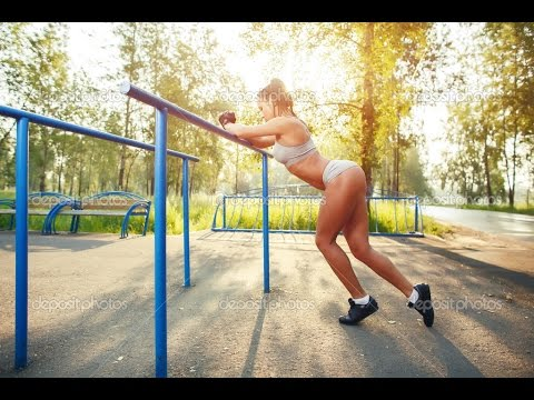 People Are Awesome Street Workout & Calisthenics Girls Edition 2016