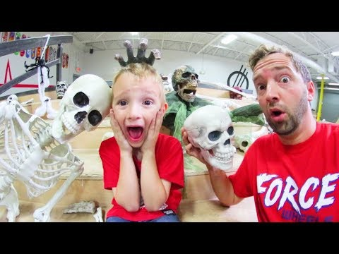 Father & Son MAKE A HAUNTED SKATEPARK!