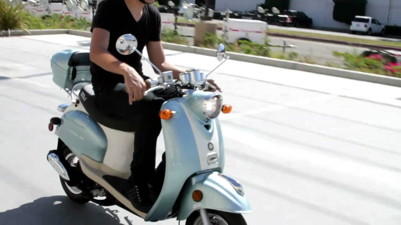 federal 50cc motor scooter by bms youtube. Black Bedroom Furniture Sets. Home Design Ideas