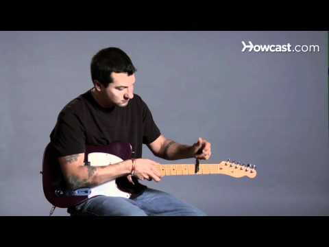 how-to-use-a-capo-|-guitar-lessons